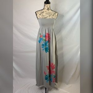 👗Old Navy strapless maxi dress